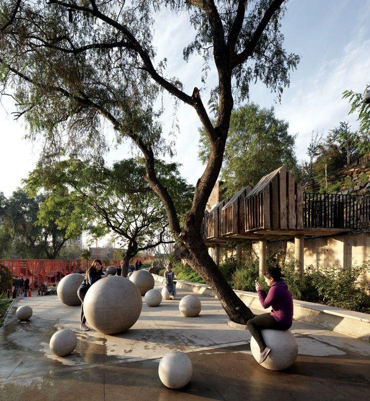Imagen 1 de 21 de la galería de Parque Bicentenario de la Infancia / ELEMENTAL. Fotografía de Cristobal Palma