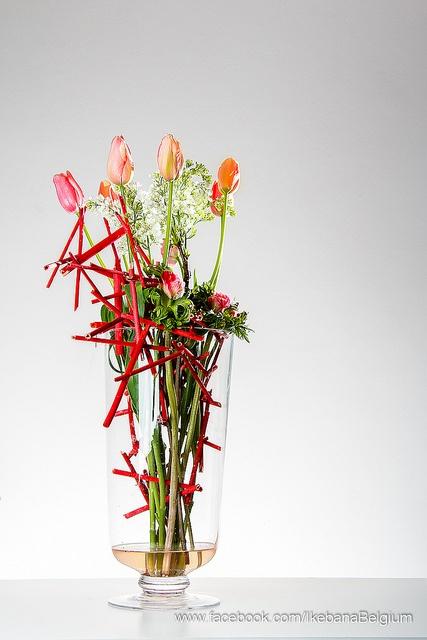 Ikebana florals floral design flower arrangements for Japanese flower arranging crossword clue