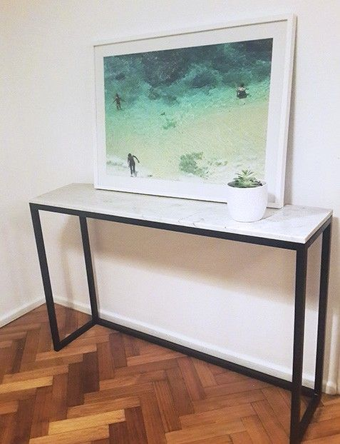 mesa de arrime marmol y hierro