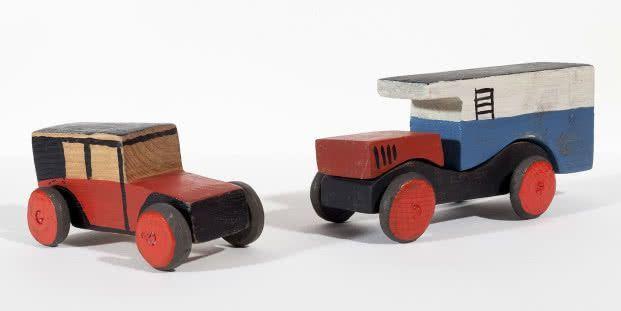 Joaquín Torres-García. Coche rojo y camión lechero, 1917-19. – #camión #coch…