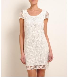 La robe en dentelle et le top en dentelle Sud express dans une sélection printanière sur un blog la mode et moi