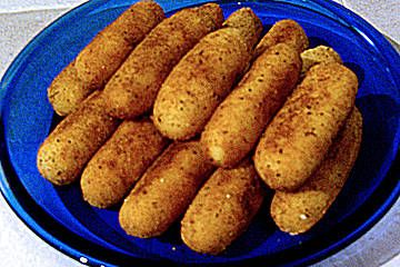 Kroketten hausgemacht - home made potato taters - recipe coming soon - find german recipes in English @ www.mybestgermanrecipes.com