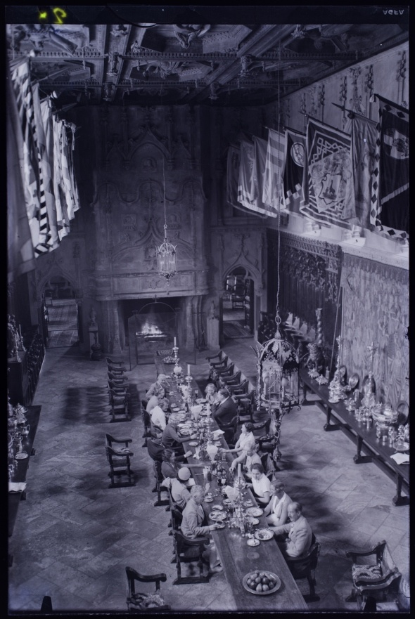 dinner at Hearst Castle, 1933 ~ I've been there.