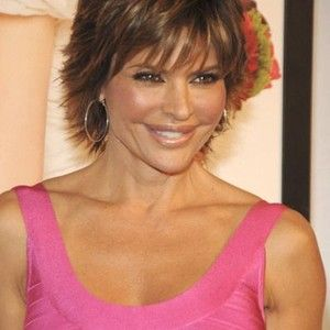 Lisa Rinna Pictures - Rotten Tomatoes