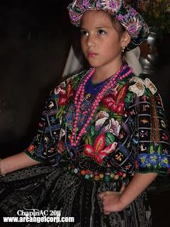 Trajes Típicos de Guatelema: Trajes Típicos de Guatemala