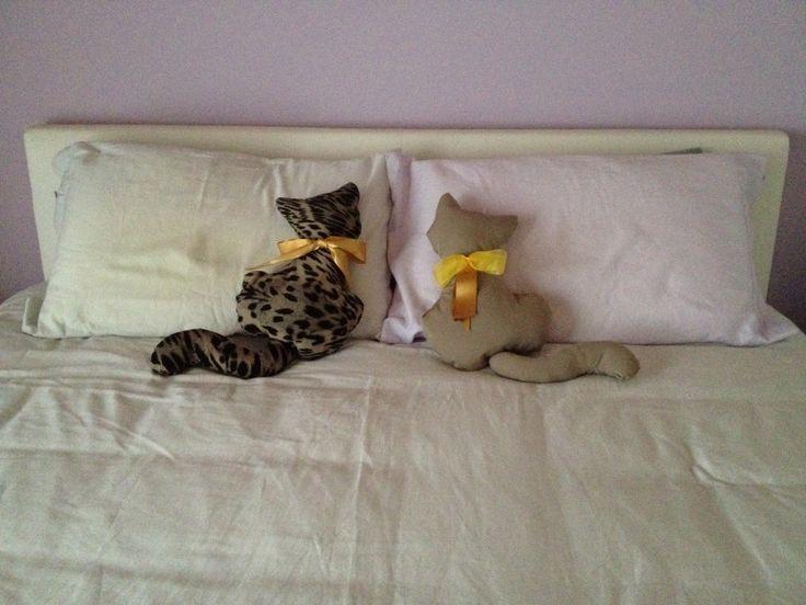 8 best images about gatti di stoffa on pinterest cats for Tutorial fermaporta di stoffa