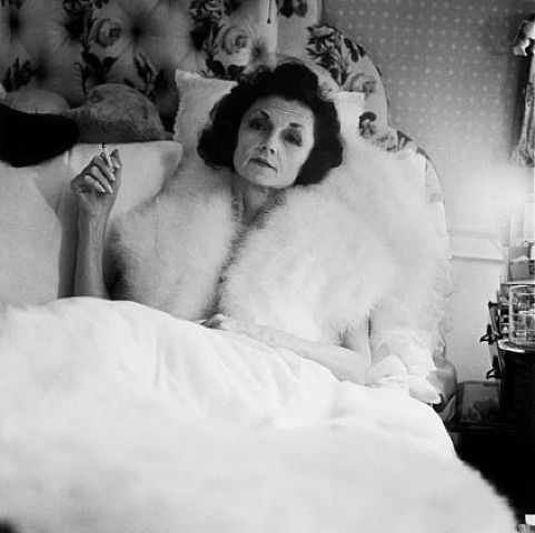 Diane Arbus, Brenda Diana Duff Frazier, 1938 Debutante of the Year, At Home