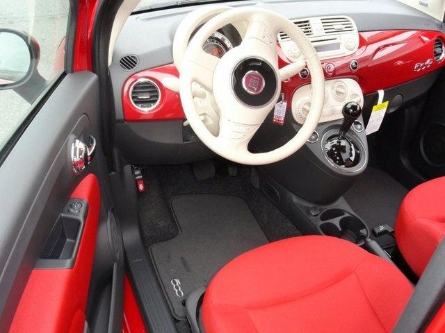 LOVE the interior of the Fiat 500c Pop. Super cute for us petite ladies.
