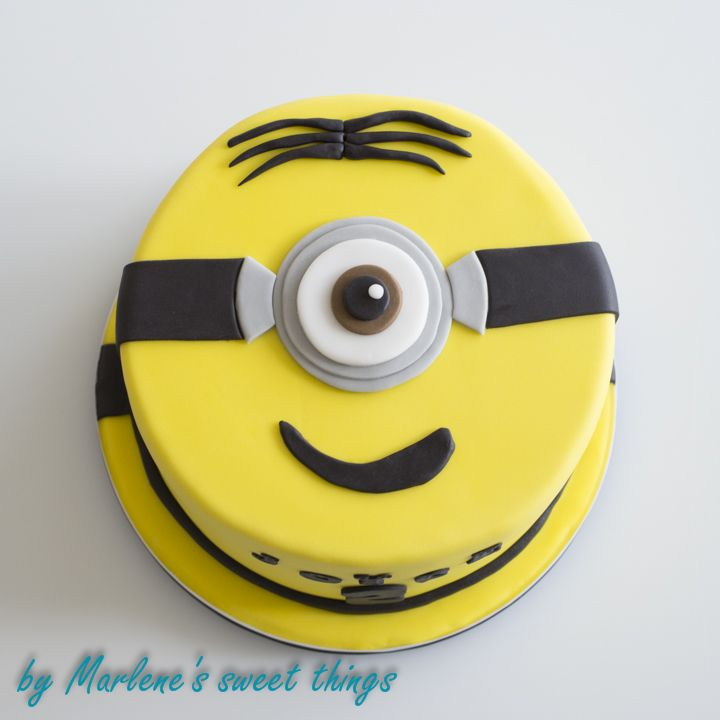 ber ideen zu minion torten auf pinterest kuchen geburtstagskuchen und minion cupcakes. Black Bedroom Furniture Sets. Home Design Ideas