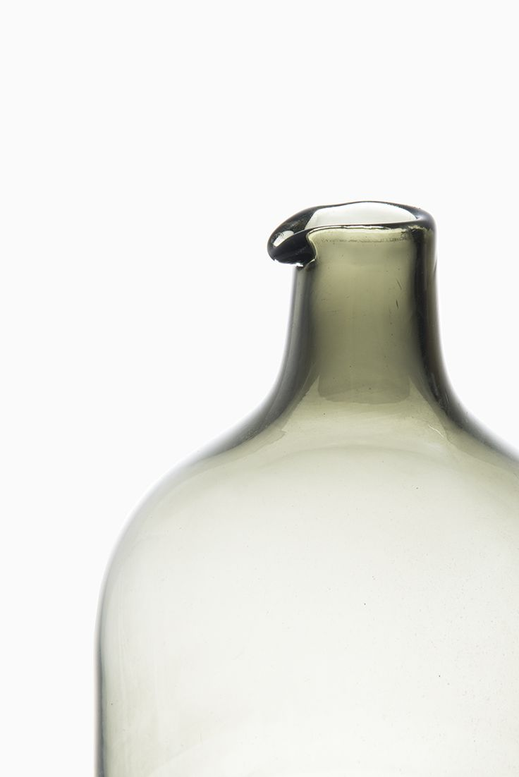 Timo Sarpaneva Pullo glass bottle by Iittala