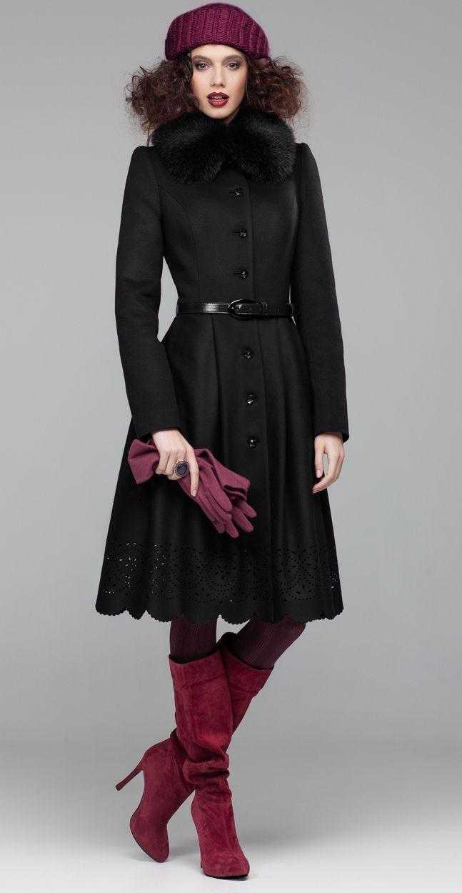 #EkaterinaSmolina Зимнее пальто черного цвета с пышной юбкой Страница модели http://ekaterinasmolina.ru/coat/zimnee-palto-s-pyshnoj-yubkoj #coat #пальто