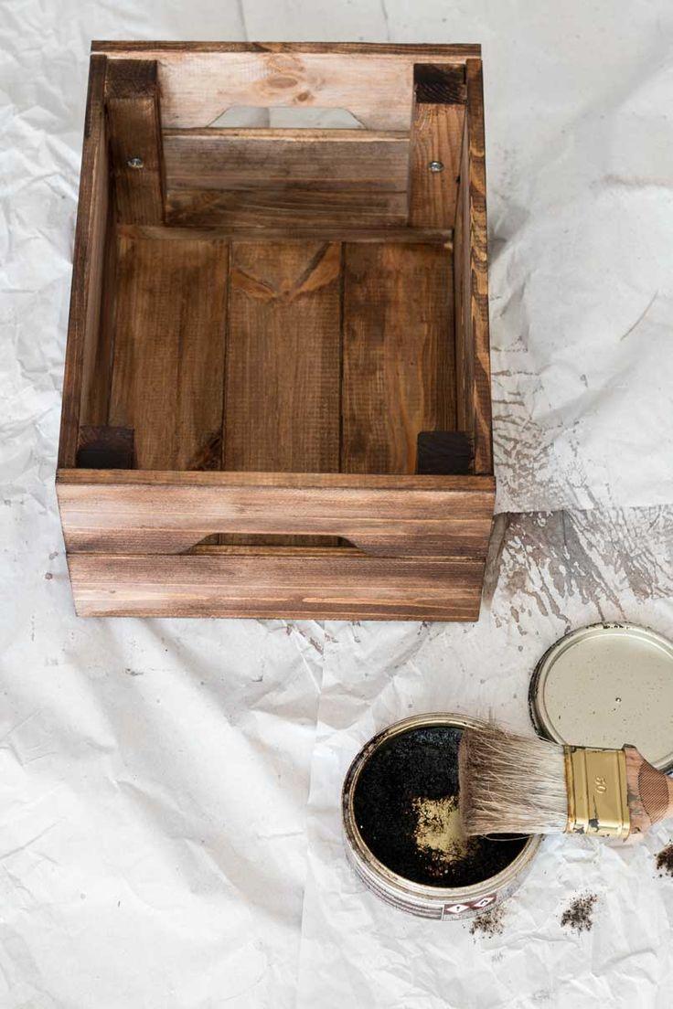 25 beste idee n over houten kisten op pinterest houten doos knutselen en melkkrat meubilair - Exotisch onder wastafel houten meubilair ...
