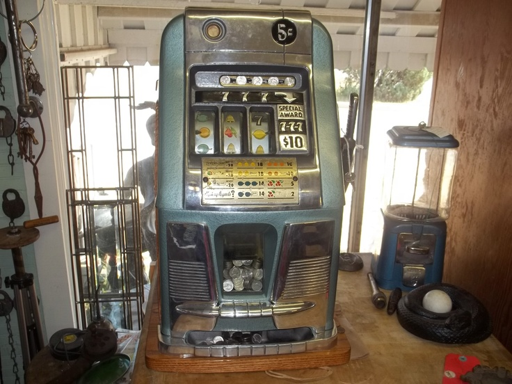 Antique slot machines for sale  Darwins Old Time Slots