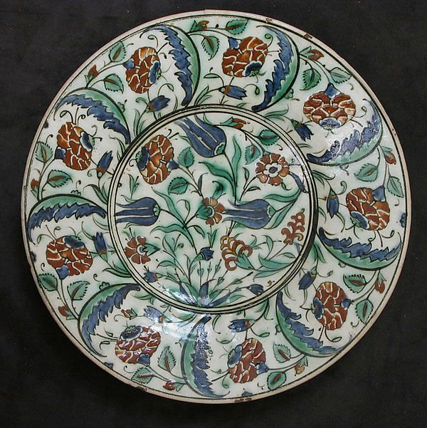 Dish early 17th century  Geography:Made in Turkey, Iznik  Diam. 14 in. (35.6 cm) Rogers Fund | The Met