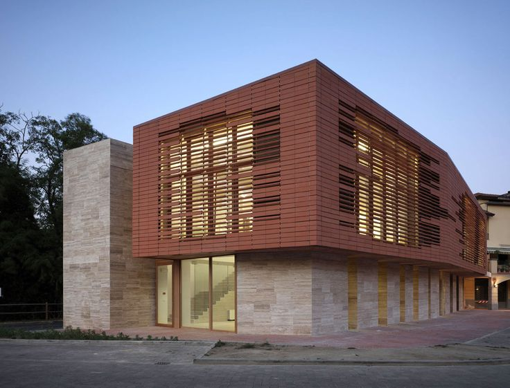 26 best images about brise soleil on pinterest office buildings building and resorts for Brise soleil design