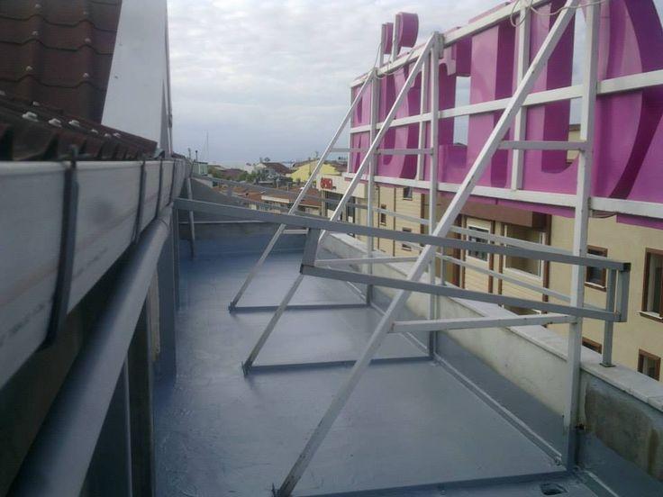Sprey polyurea kaplama uygulaması firmamız tarafından günde 700 mt2'ye kadar yapılmaktadır.Polyurea sprey kaplama için bizi arayabilirsiniz.0541 712 02 04