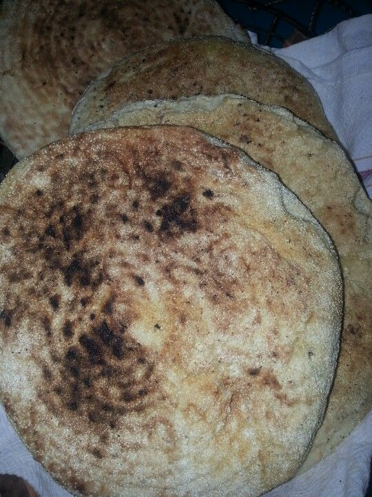 Algerian bread (khobz tadjine)
