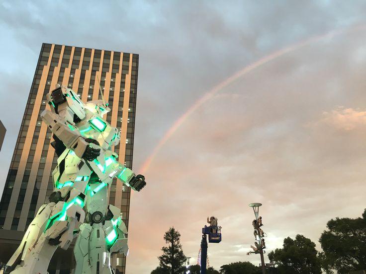 発光したユニコーンガンダムと虹のコラボが素敵すぎ「サイコフレームの共振」「『虹の彼方に』をこの目で見れるとは…」 - Togetterまとめ
