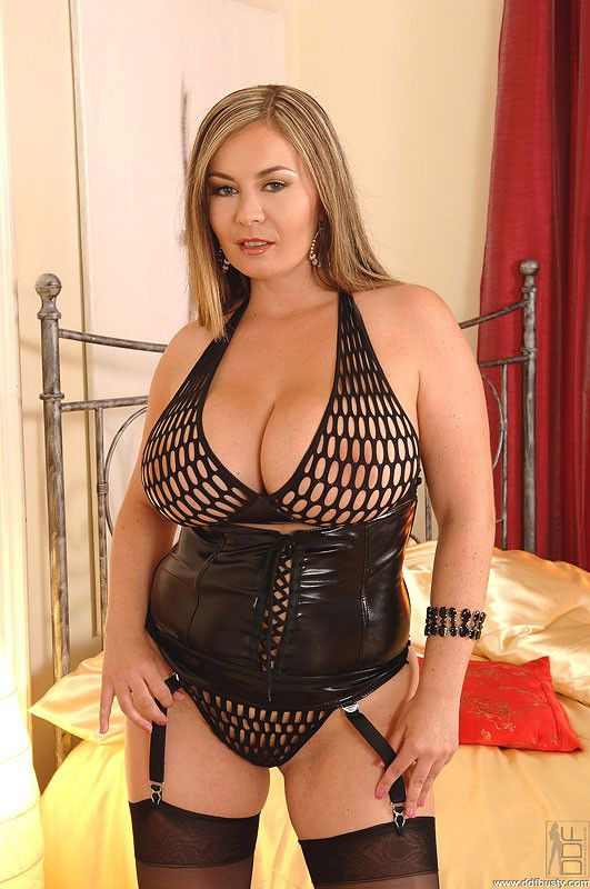 Asian mature and raven rockette