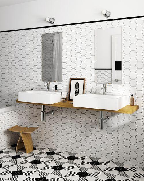 Le Carreau Scale Hexagon De Couleur Blanche Brillant 12 4x10 7 Cm 0 61 M Animent La Dec Salle De Bains Design Carrelage Carrelage Hexagonal Tuile Hexagonale