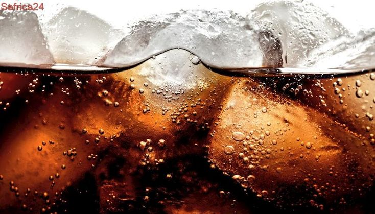 Sipping sugary drinks may reduce a couple's chances of falling pregnant