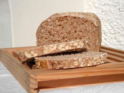 I biscotti della zia: Pane integrale in cassetta con fiocchi d'avena e latte di soia