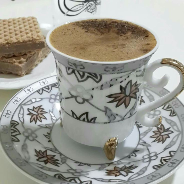 الشئ الوحيد الذي يرتب أفكارك هوالجلوس وحيدا مع فنجان قهوة