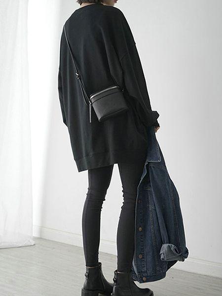Loose Longline Sweatshirt   Layers   Black and Denim   Effortless Style   Minimal   HarperandHarley