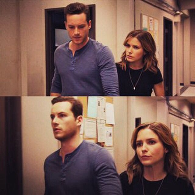 erin lindsay and jay halstead relationship questions