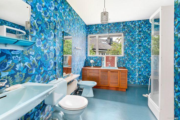 Toalett/dusch bottenvåning