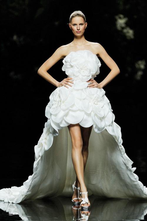 58 best images about vestido de noiva curto on pinterest for Elie saab wedding dress 2013
