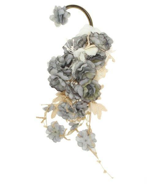 m.soeur(エムスール)のグレーの小花のイヤーカフ(イヤリング) 詳細画像