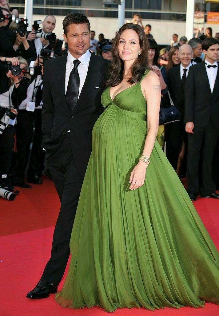 Pregnant Angelina Jolie Brad Pitt On The Red Carpet Schwangere Frau Schwangere Mode Schwanger Prominente