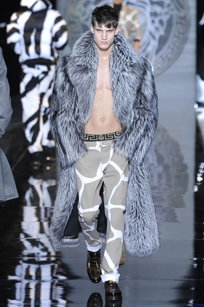 Versace Men's RTW Fall 2013