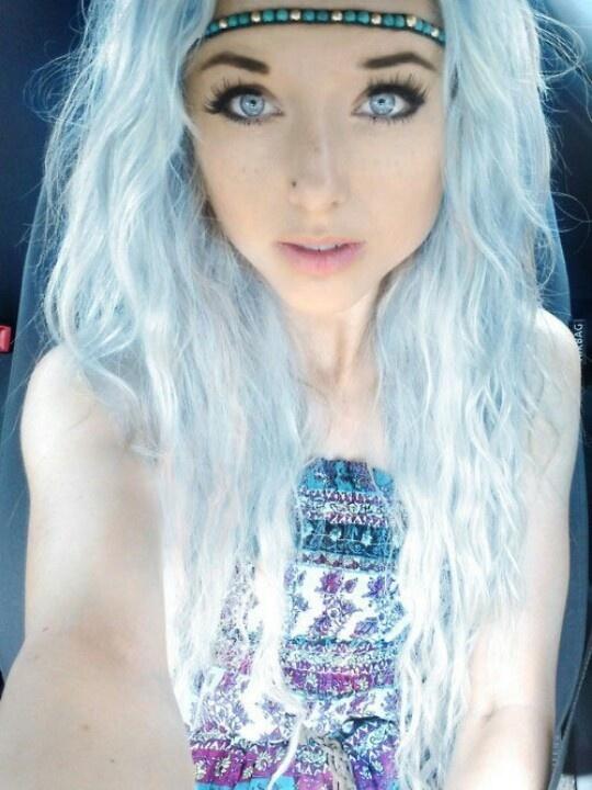 White Hair Blue Eyes Wavy Hair Tight Wavy Hair Boho