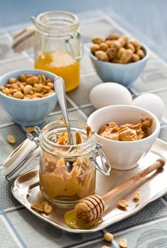 В одном из номеров моего любимого журнала Saveurs я обнаружила рецепт печенья с арахисовым маслом. Рецепт заинтересовал меня, но поиски арахисового масла были…
