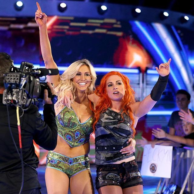 wwe You know what they say, TEA-mwork makes the DREAM work! #SDLive @charlottewwe @beckylynchwwe  2017/07/27 08:36:42