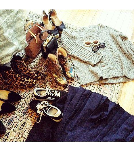 """@Who What Wear - Alexa Chung                 """"Still packing""""    FOLLOW: @chungalexa (Instagram), @alexa_chung (Twitter)"""