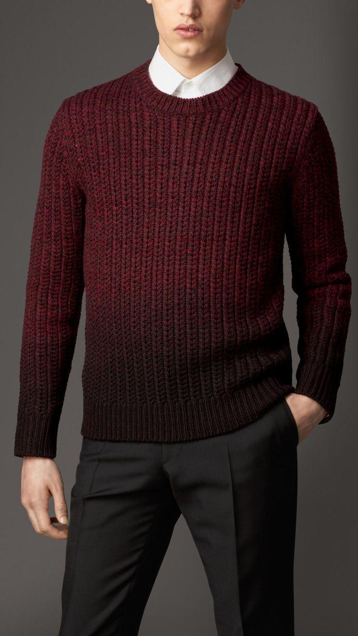 Pull en laine mérinos teint par immersion | Burberry 575,00 € Article 39332061 COULEUR: BORDEAUX