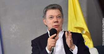 Presidente Santos se somete a revisión médica por posible recaída en cáncer de próstata