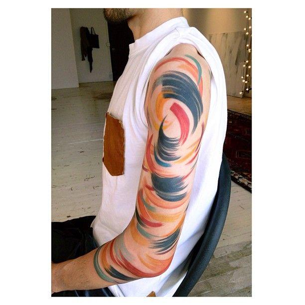 Amanda Wachob no para de sorprendernos con sus ya famosos y peculiares tatuajes. — Amanda Wachob