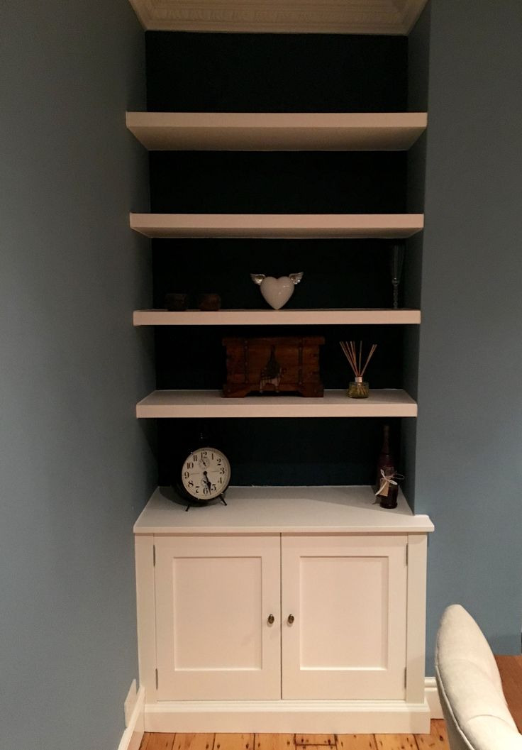 Living room furniture.Fitted Alcoves. Alcove Cabinets. Handmade Cabinet with floating shelves. Bespoke furniture makers at www.gillmartinez.com Cabinet Makers - Manchester, England.