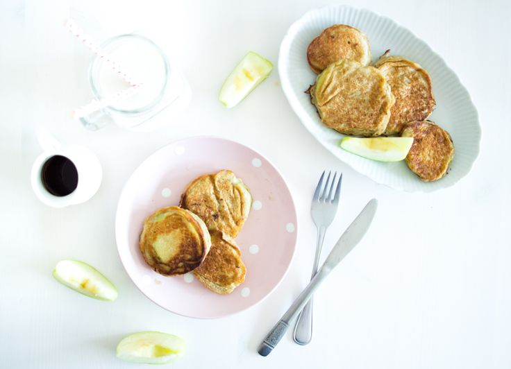 Apfelpancakes zum Brunchen.  Leckeres, einfaches, schnelles Rezept.