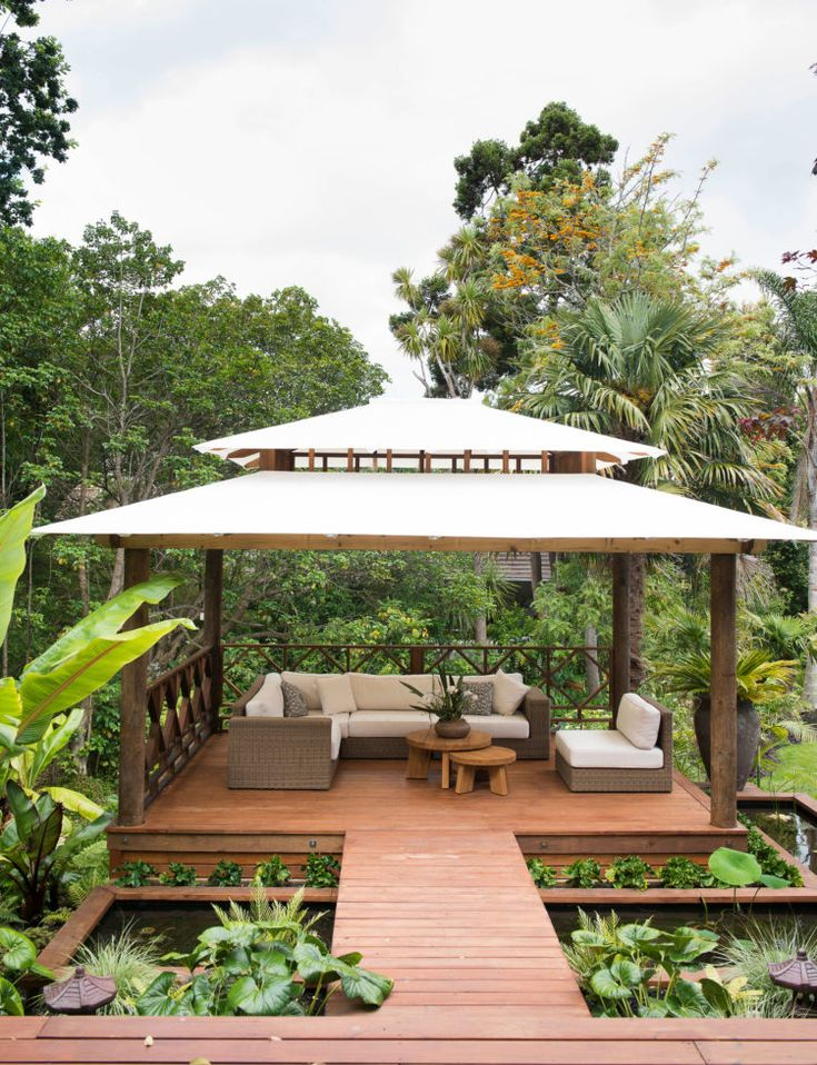 A lush Balinese-style garden hidden in an Auckland backyard