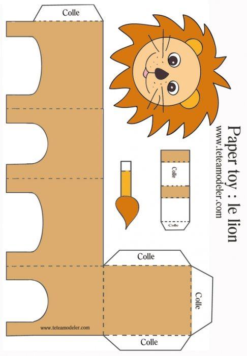 Paper toy lion à imprimer sur Tête à modeler