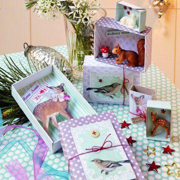 Créer des cartes de vœux dans des boîtes d'allumettes - Avec quelques boîtes d'allumettes, des papiers imprimés et des figurines en forme d'animaux, créez donc des messages surprises pour souhaiter vos vœux avec originalité.