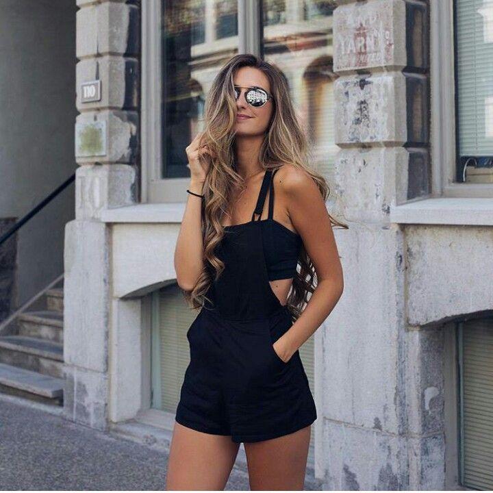 Black play suit/jumper and reflectors