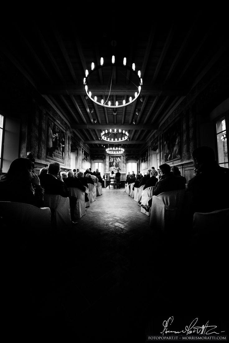 Centro Storico Brescia. Matrimonio in Loggia http://fotopopart.it - Photographer  Morris Moratti http://morrismoratti.com