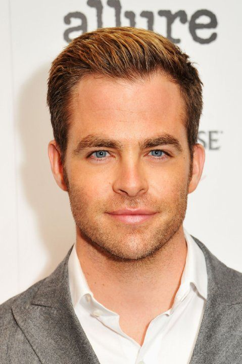 Chris Pine at event of People Like Us (2012)