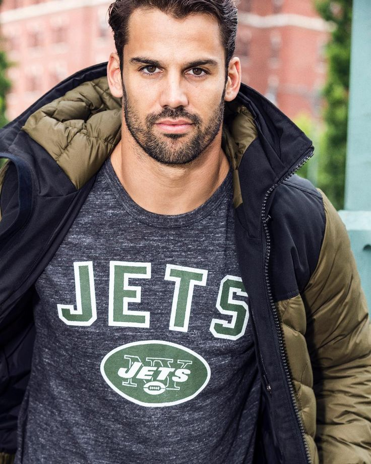 It's getting cold out in NY, but I'm always representing Jets nation #nflfanstyle #ad